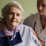 夜尿症の大人は病院に行くべき?原因や治療法と薬!夢で突然の場合も